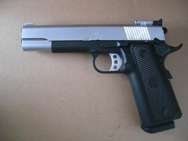 WELL M1911 Matt Silver Slide Top Black Body - Top Gas GBB Metal Pistol