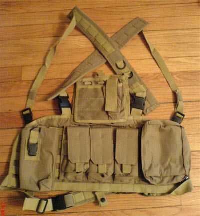 Tactical Chest Rig with pouches - Tan