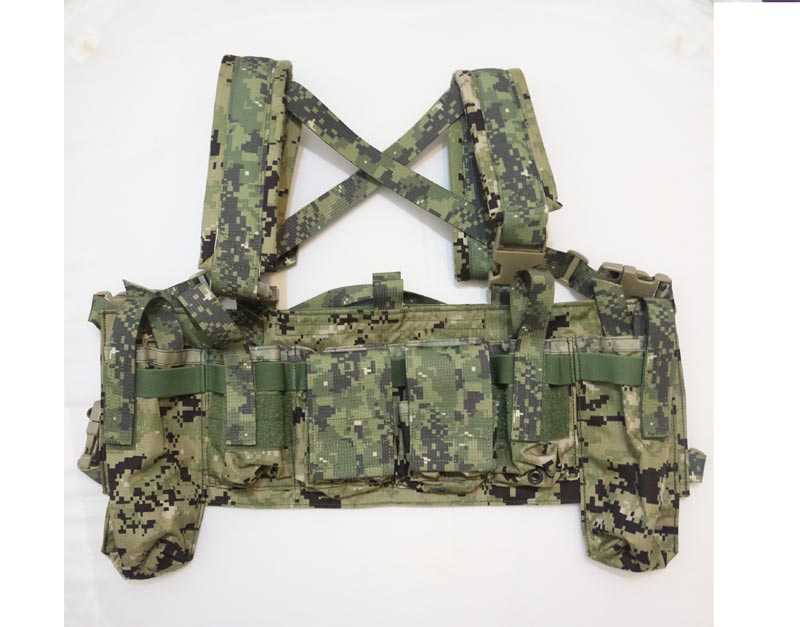 FLYYE LBT M4 Tactical Chest Vest - AOR1 , AOR2