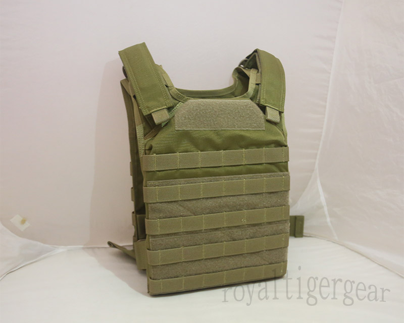 FLYYE Fast Attack Plate Carrier (FAPC) MOLLE Vest