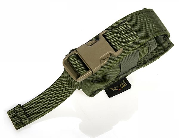FLYYE Flashlight MOLLE Pouch - AOR1 , AOR2