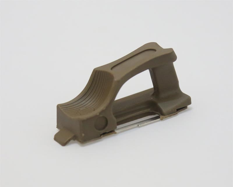 Ranger Plate Fast Release M4 Magazine tag - Dark Earth