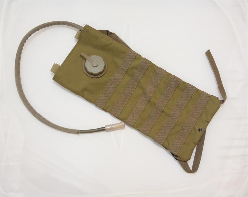 Hydration MOLLE / Backpack w/ 2.5L Bladder - Brown