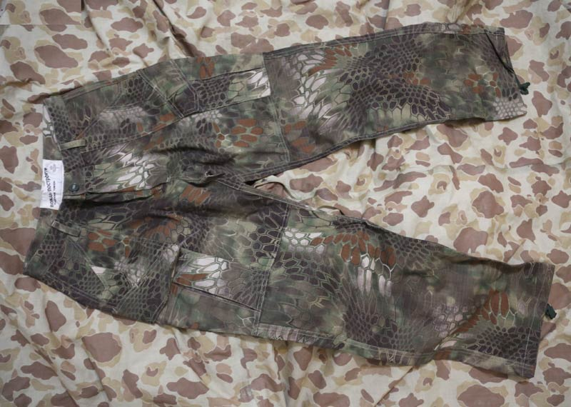 CHIEF Python Snake Camo Tactical Pants - BAN