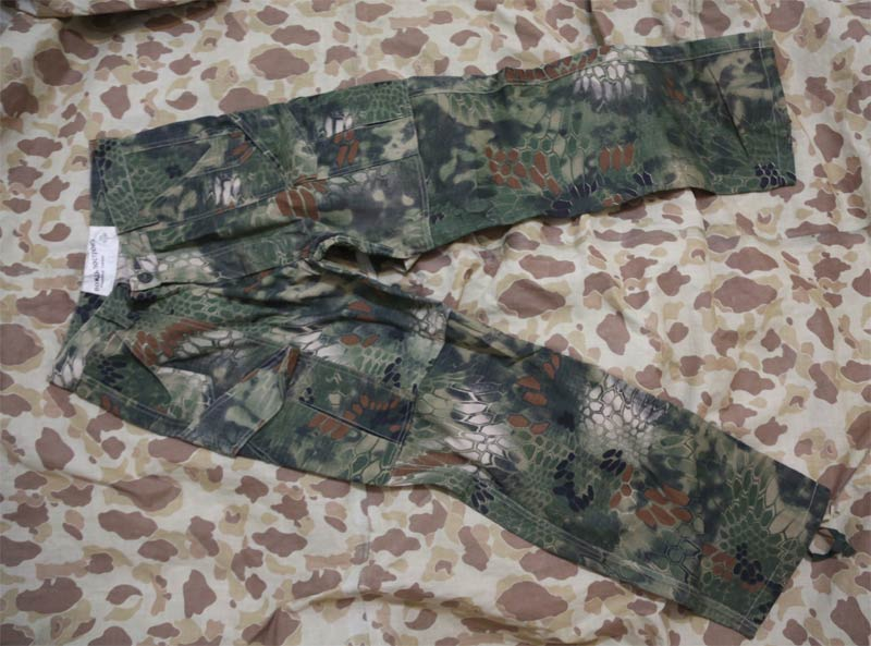 CHIEF Python Snake Camo Tactical Pants - MR