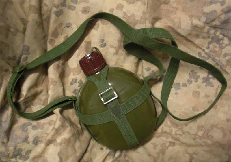 China PLA Green 1L Canteen
