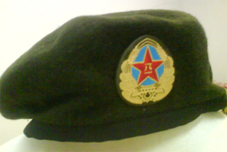 China PLA Green Beret w/ Patch