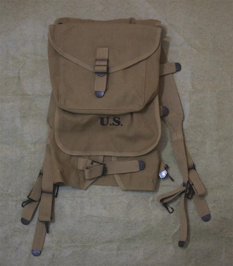 WW2 US M1928 Haversack Field Pack w/ Mess Kit Carrier